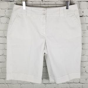 REITMANS   subtle pinstripe bermuda shorts